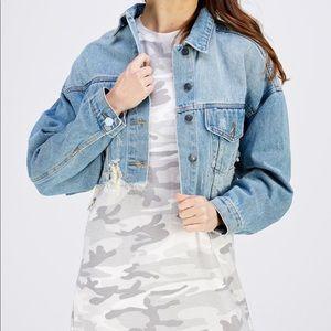 NWOT Signature 8 Distressed Cropped Denim Jacket